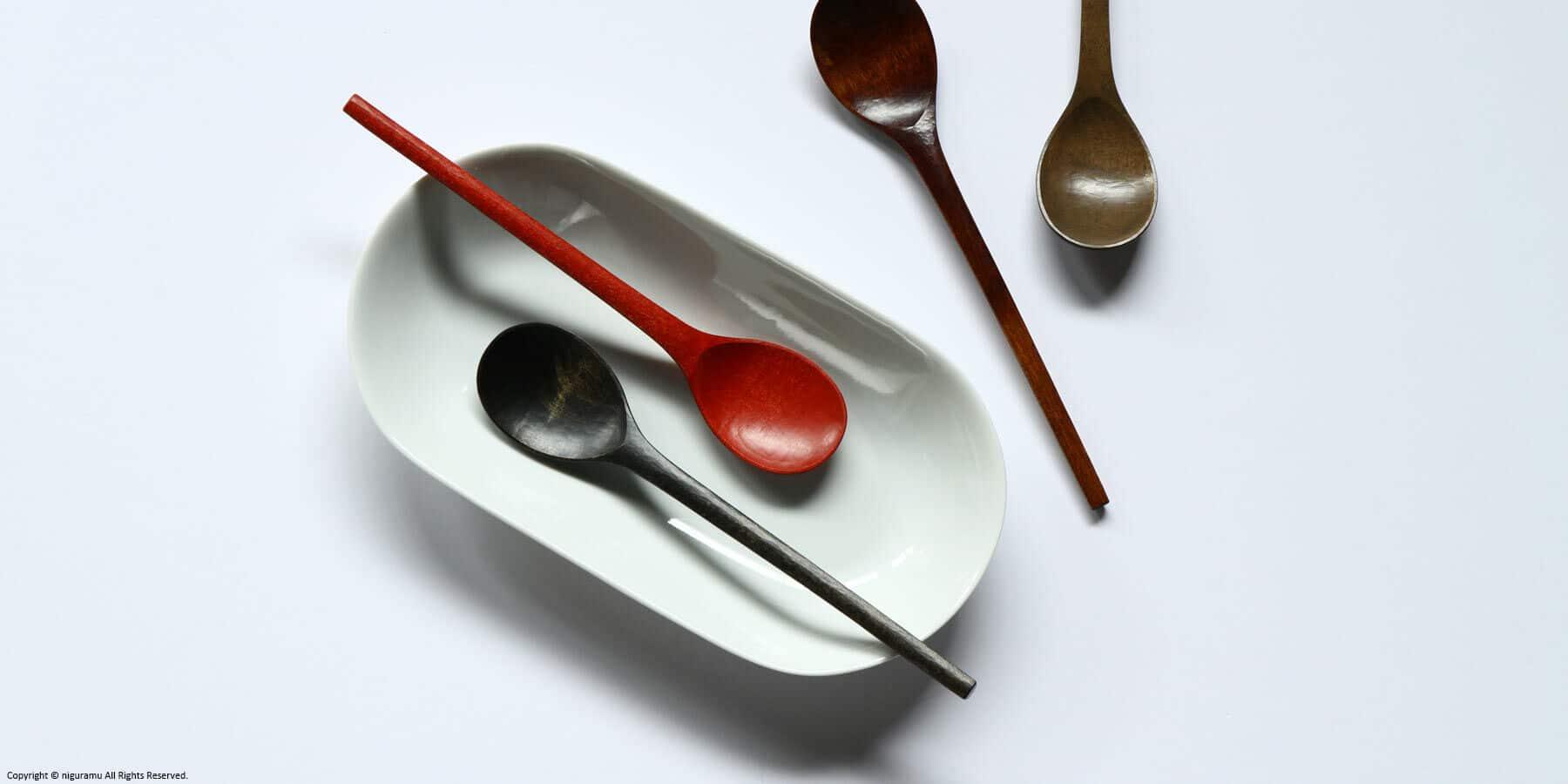 Wooden Korean spoon / Urushi