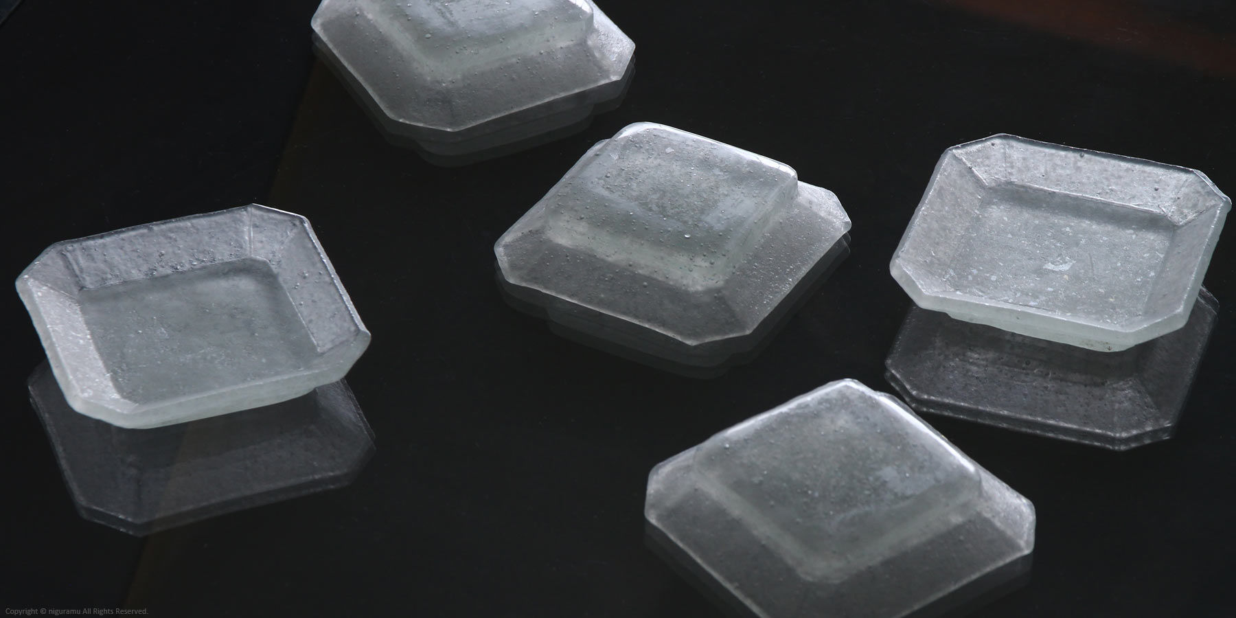 Cornerless Square Small Glass Dish