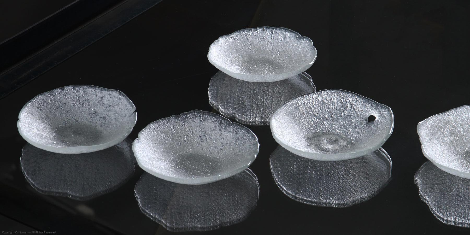 Leaf Small Glass Dish