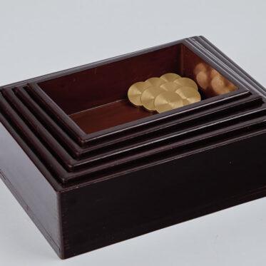 「Urushi Layered Boxes 001」収納時
