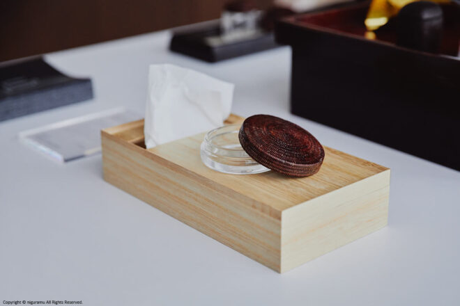 Top accessory tray for tissue box.